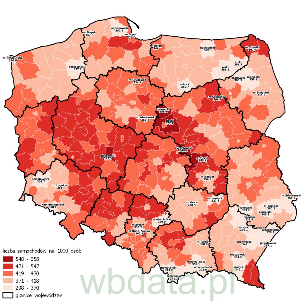 Mapa przedstawia liczbę samochodów na 1000 mieszkańców w 2009 roku