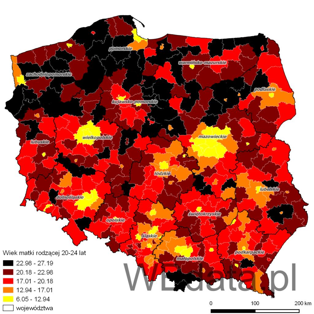 Mapa przedstawia jaki procent matek rodzących stanowiły kobiety w wieku 20-24 lat w powiatach w roku 2013.